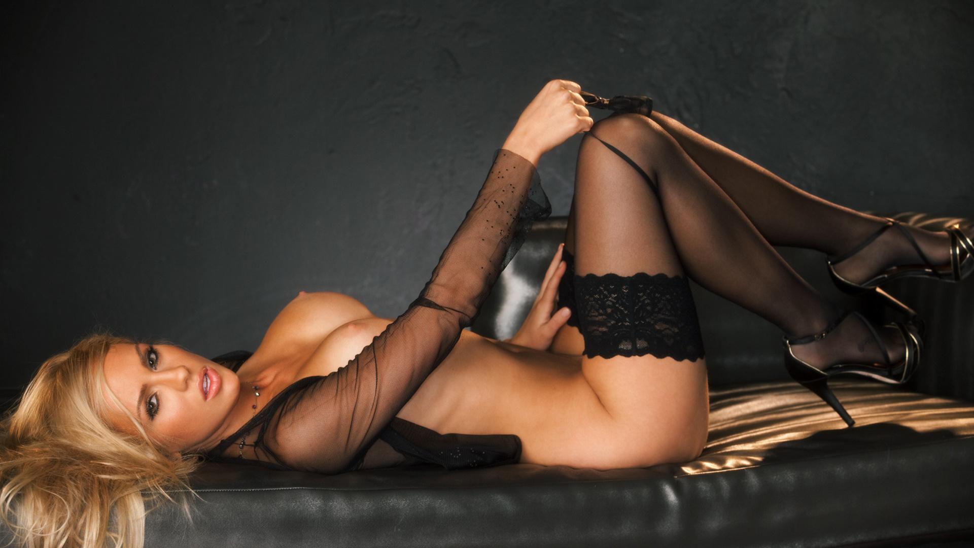 Фото эротических фотомоделей 9 фотография