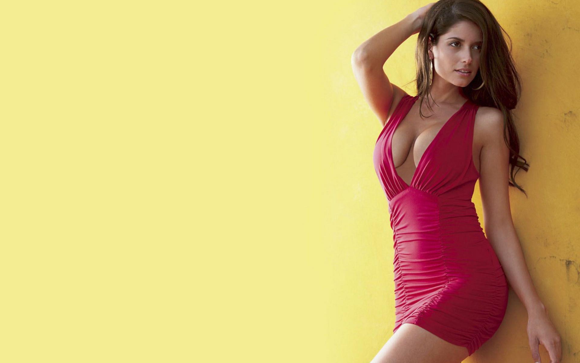 Секси девочки в красных 15 фотография