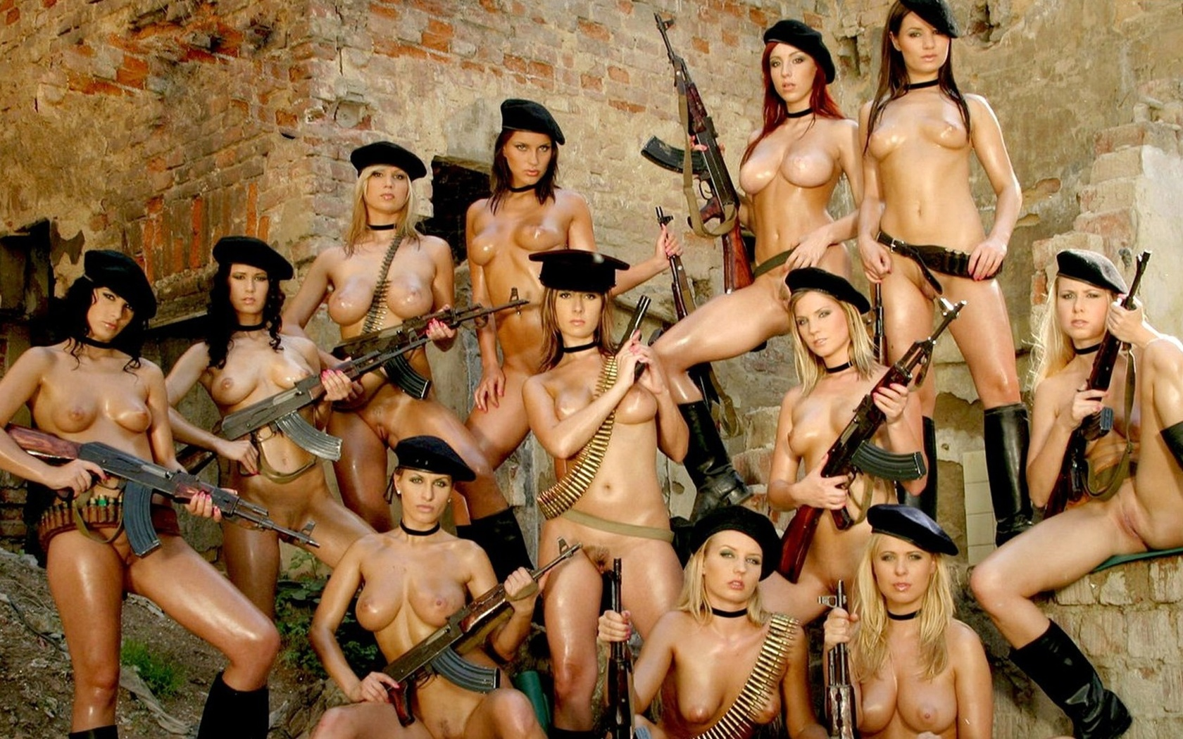 Free download naked boobs army girl wallpapers softcore images