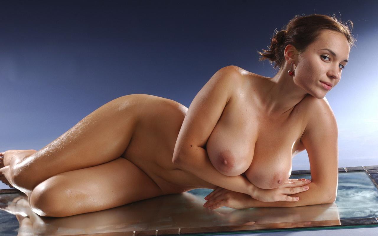 Эротические фото пышнотелых женщин фото 635-208