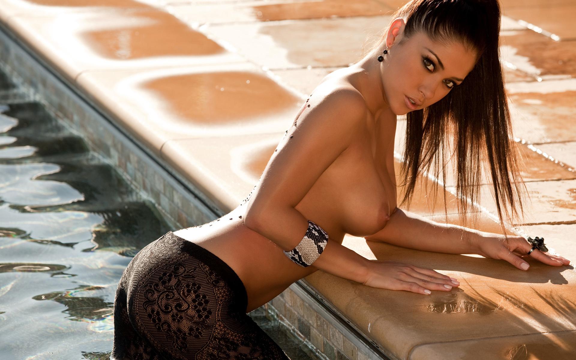 Фотосеты голых красивых жён 16 фотография
