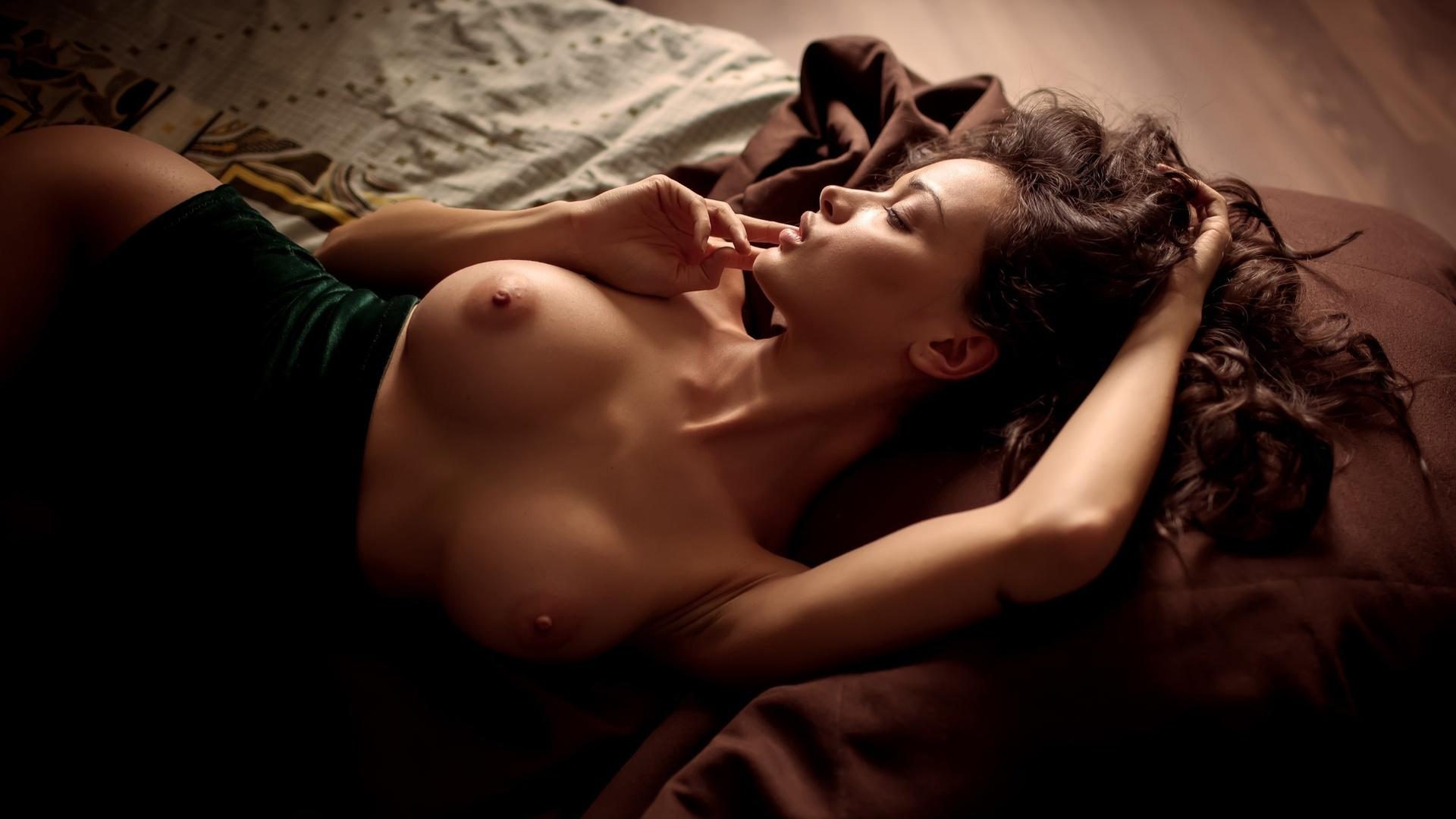 Фото девушек в постели доброй ночи 19 фотография