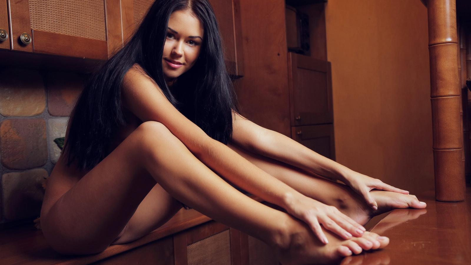 Фото ножки голых девушек 20 фотография