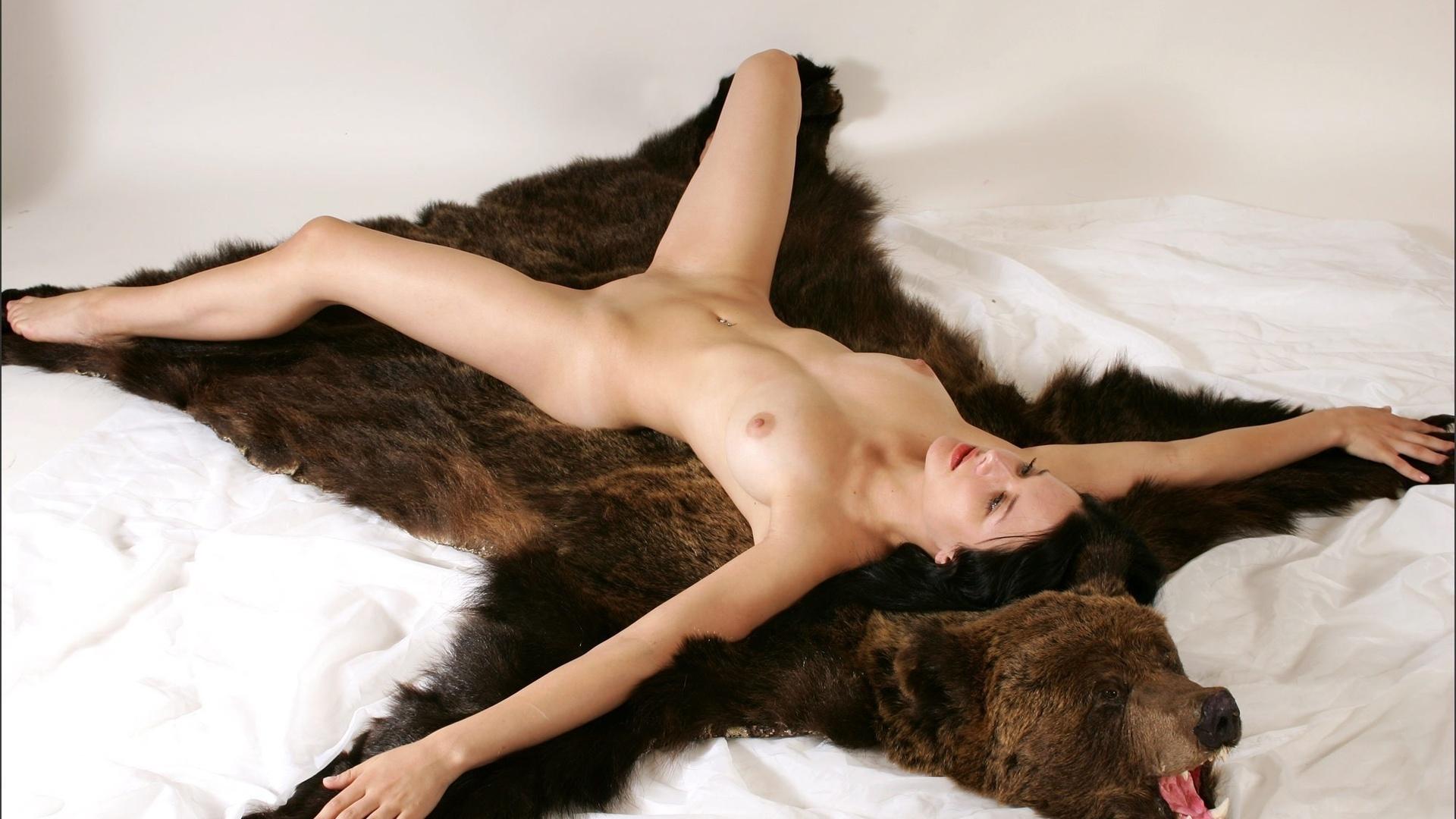 Фото секс на шкуре 2 фотография