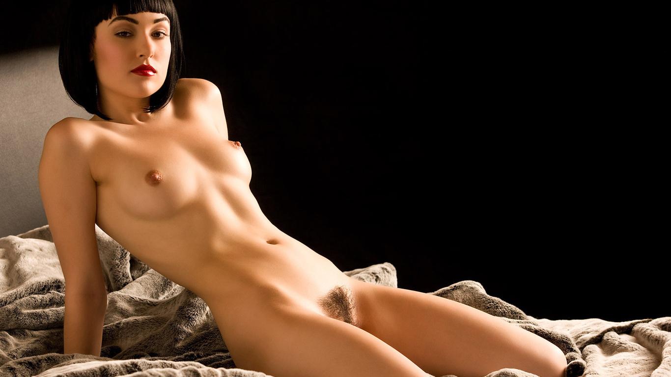 Секси голые девушки в сперме фото 1 фотография