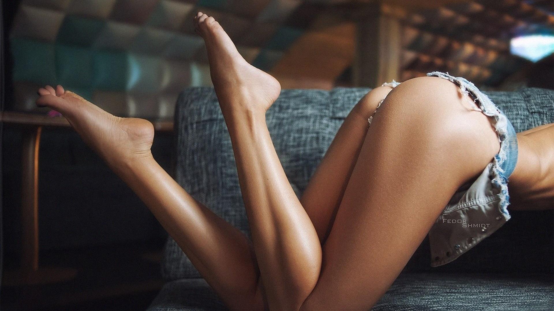 Стройные ножки гимнастка фото 3 фотография