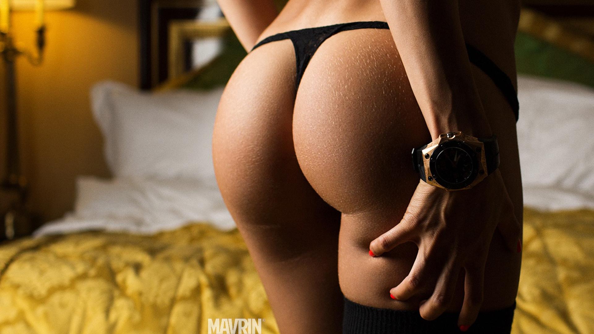 Секс молодых сучкк в стрингах 26 фотография