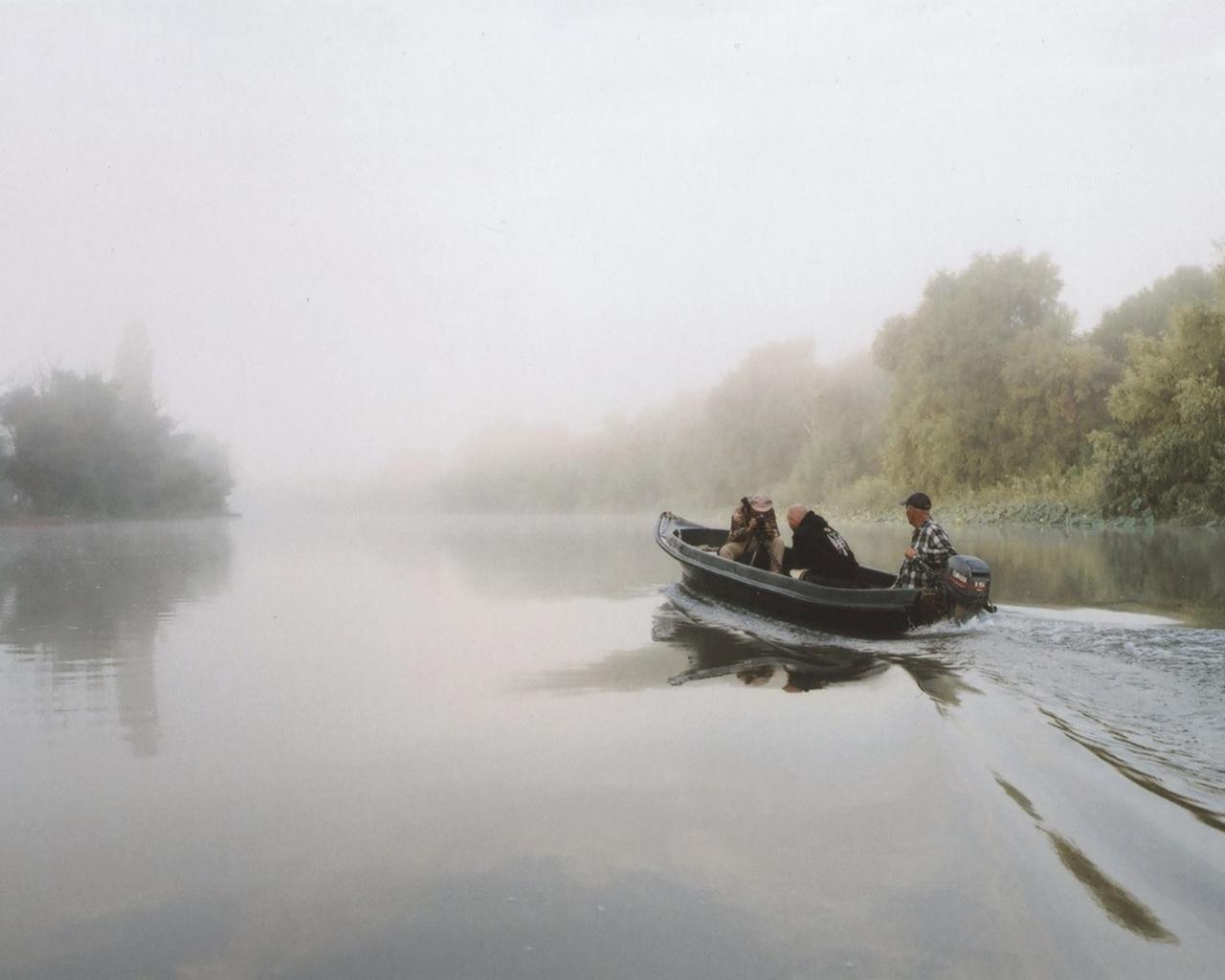 мотор на лодку по реке