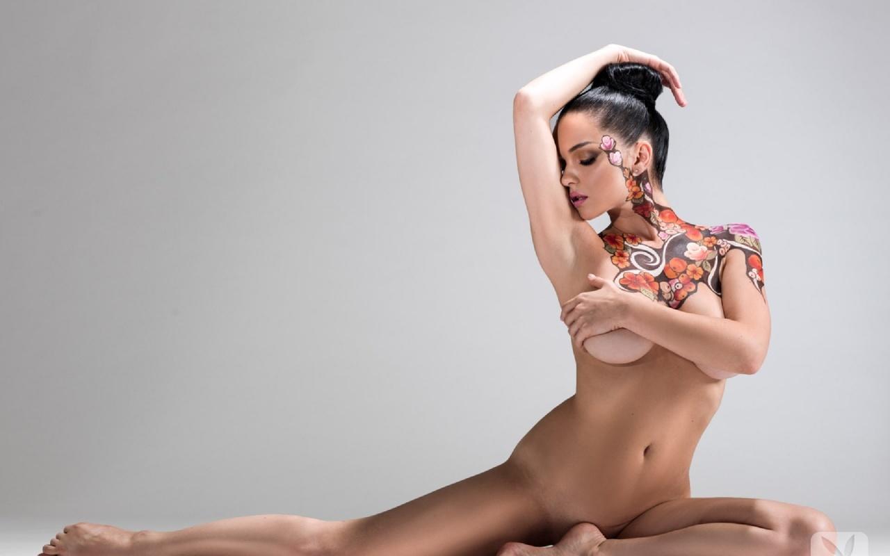 eroticheskie-foto-shou-holostyak