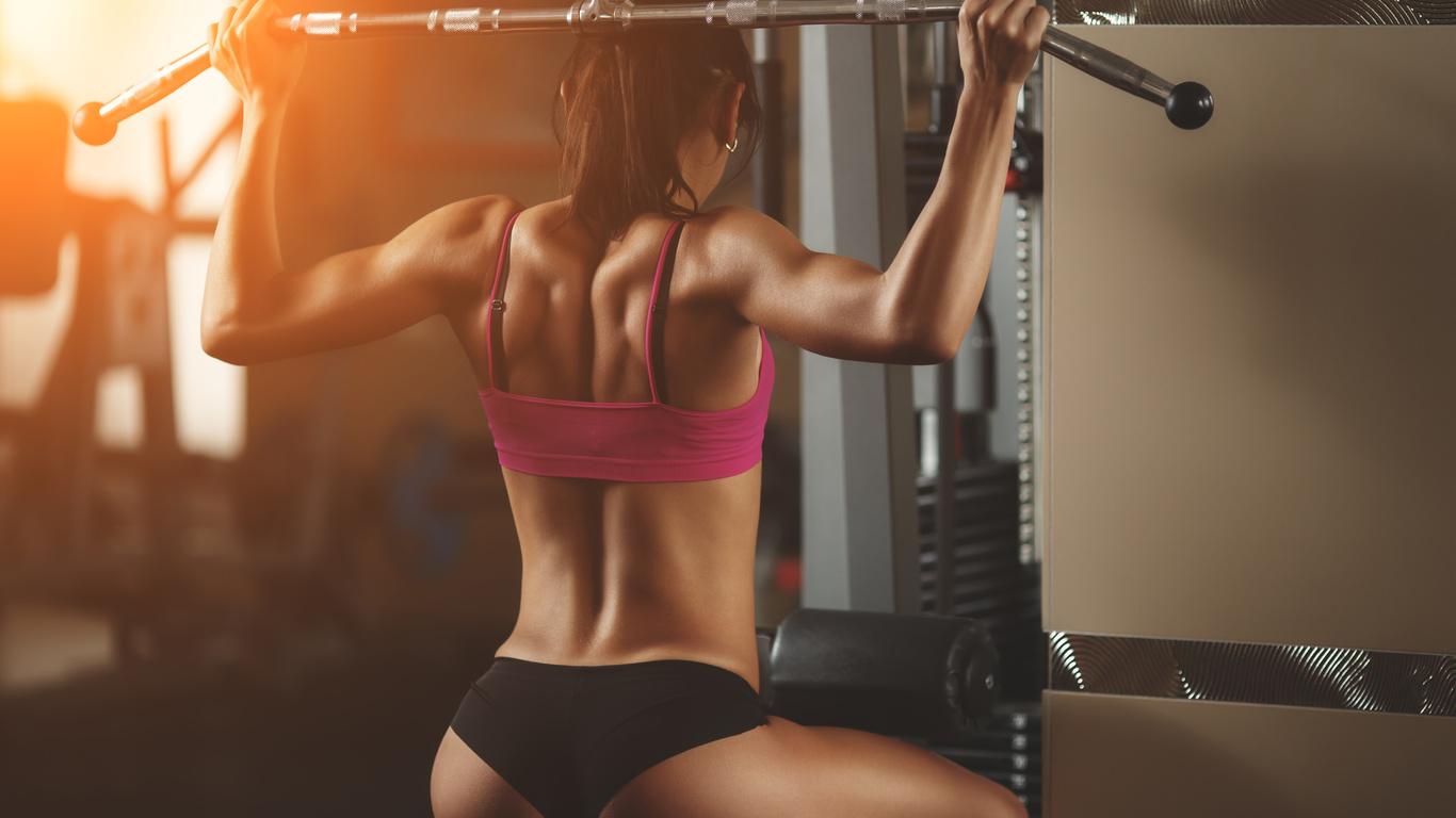 Фото девушек фитнес моделей в зале 18 фотография