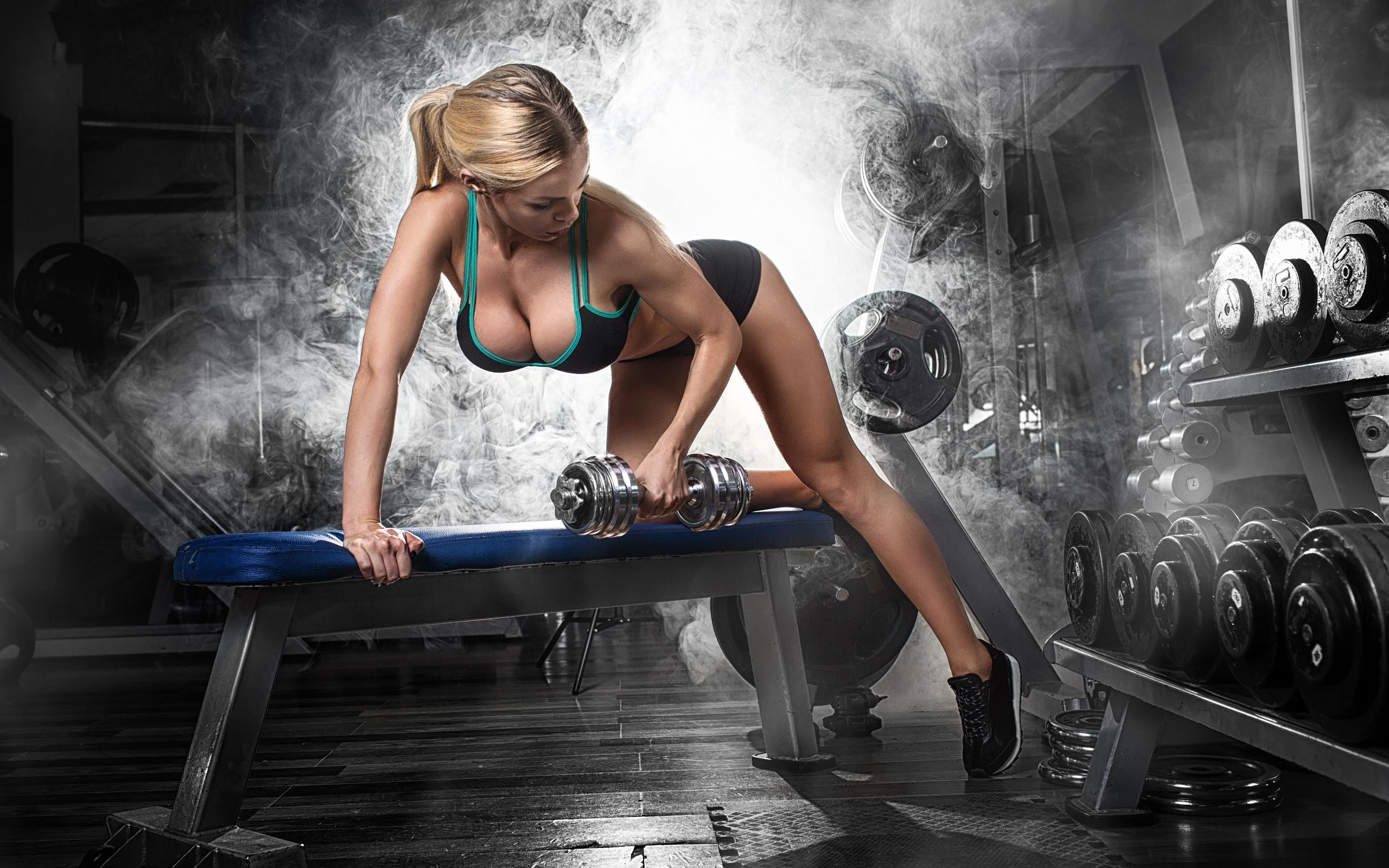 Секси девушки фитнес 4 фотография