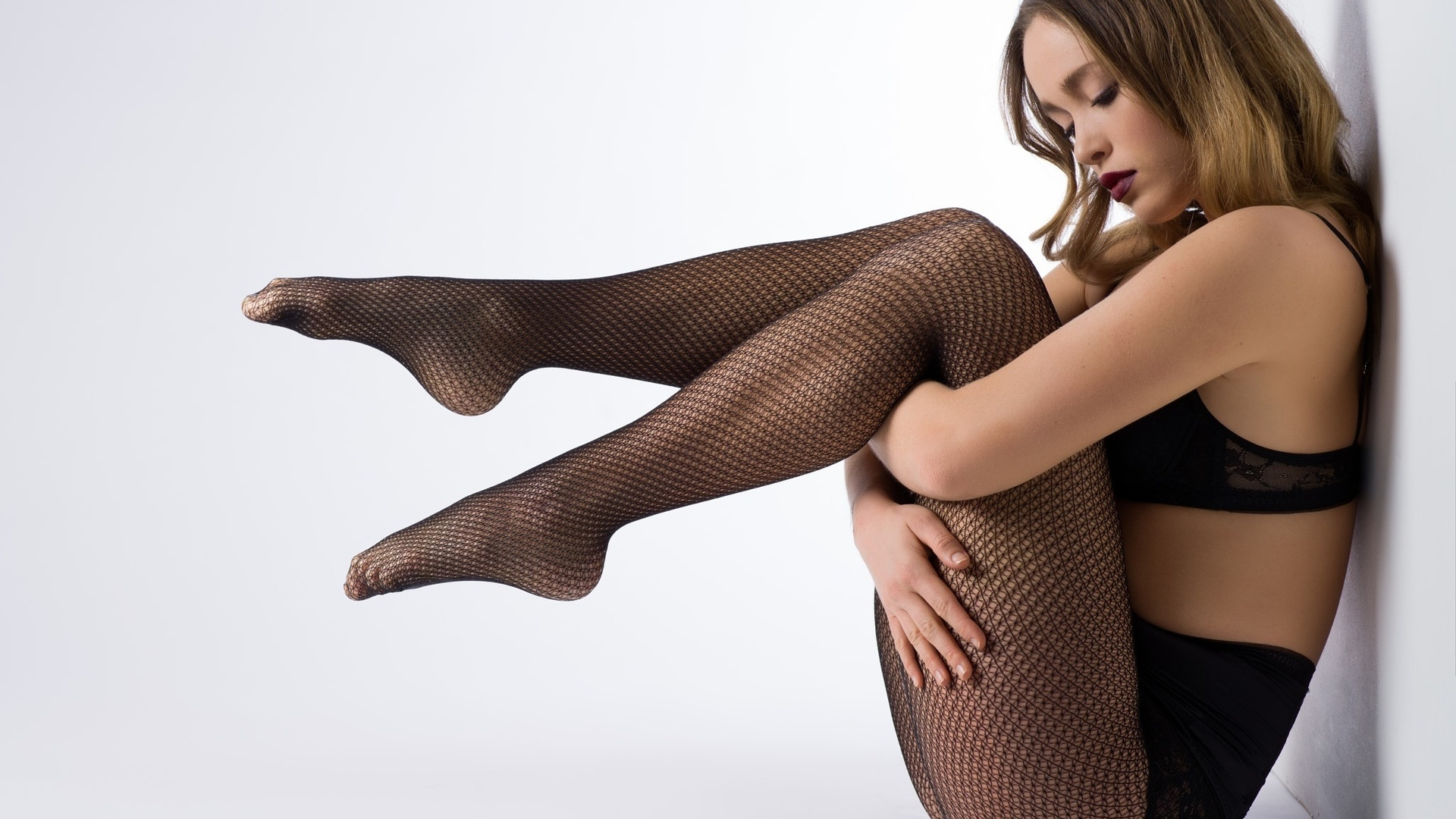 Чулки порно групповое онлайн