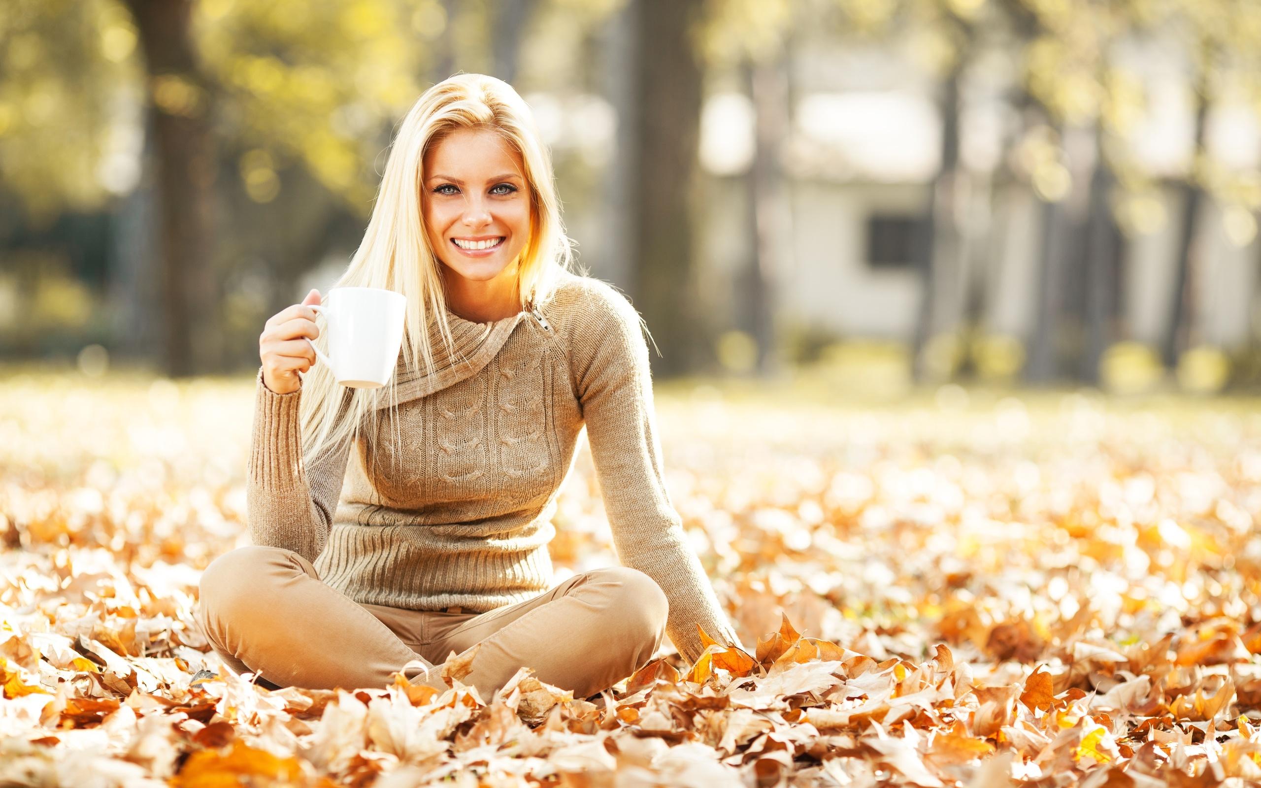 Позы фото осенью девушку