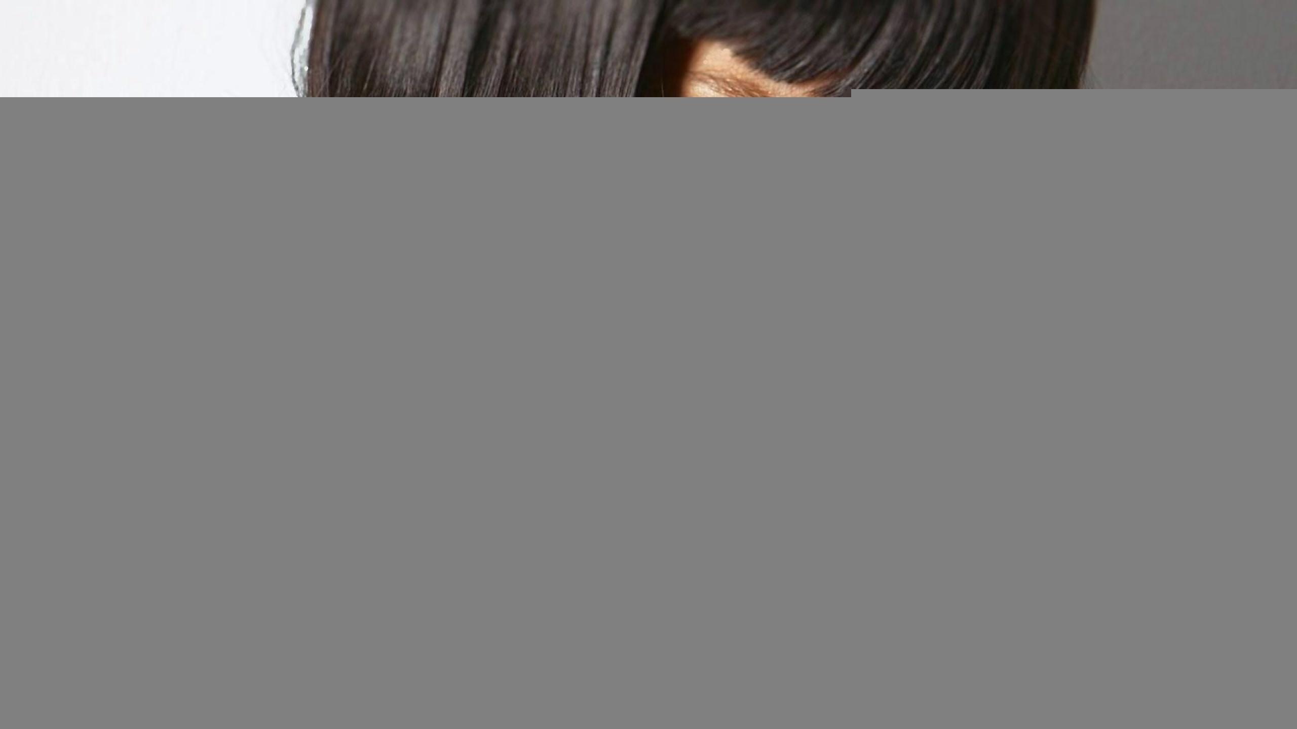 Фото на аву для девушек брюнеток с каре